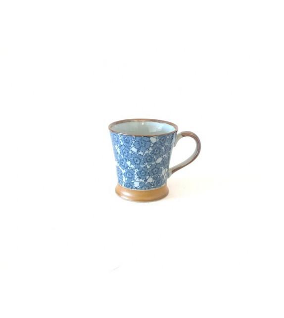 Cup with handle takokarakusa