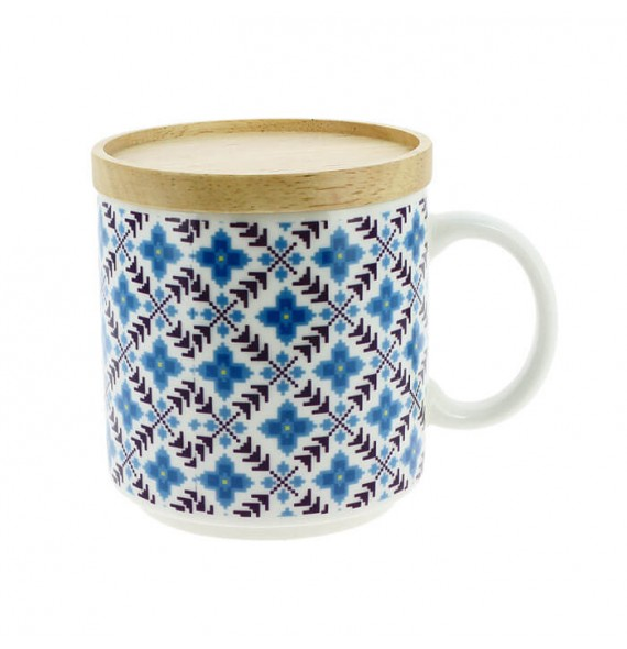 Mug with wooden lid