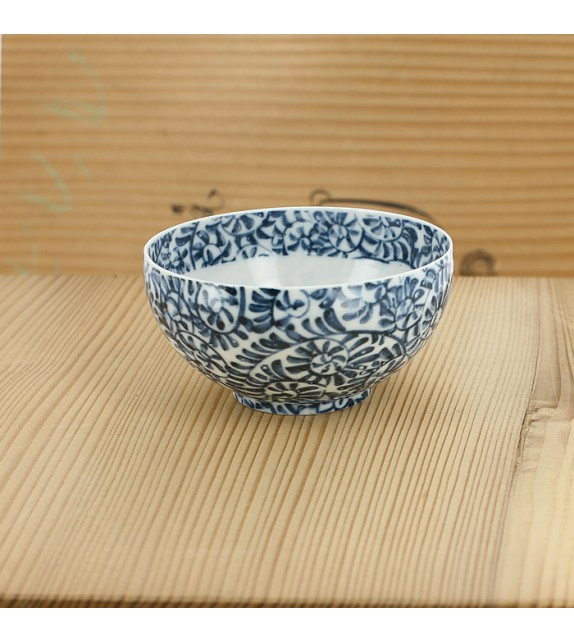 Tasse en porcelaine très fine