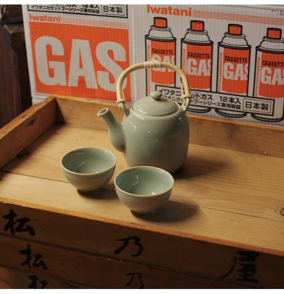 Porcelain teapot modern