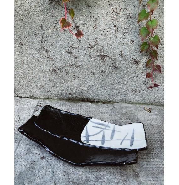 Plat rectangle avec pieds à l'unité