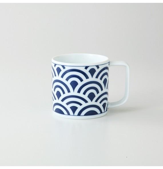 Mug moderne en porcelaine